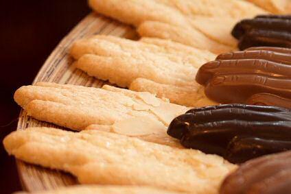 Antwerpse handjes: de koekjes, chocolade en pralines
